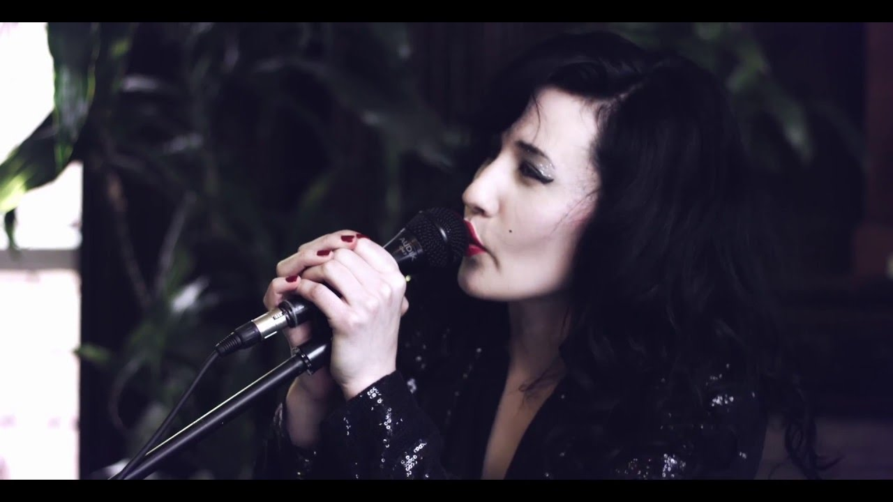 Vivien Glass - Little Lies (Fleetwood Mac Cover)