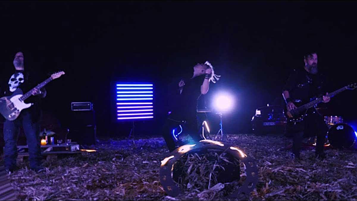 Neon Lines - Djinns
