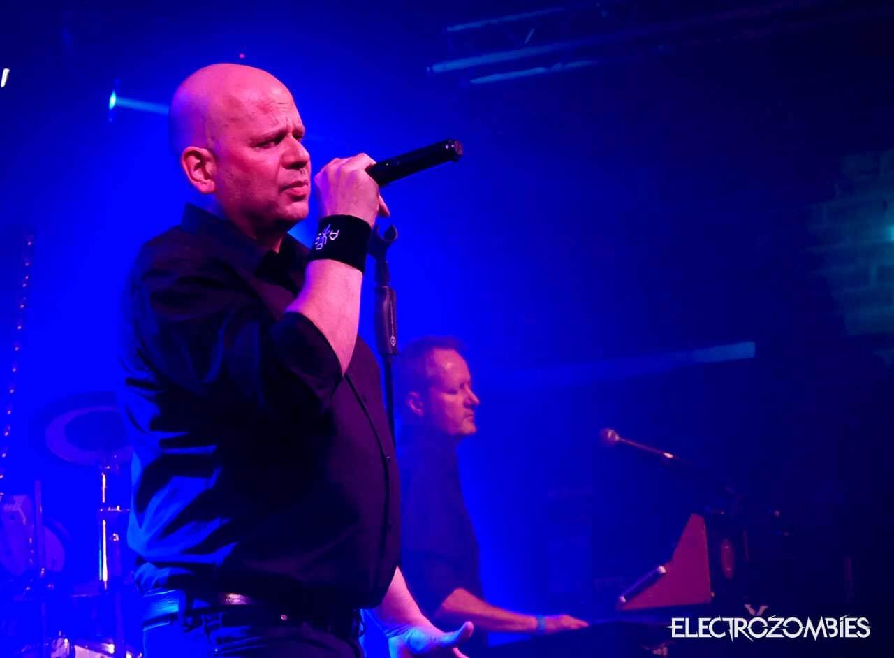Singer Tillman from Beborn Beton